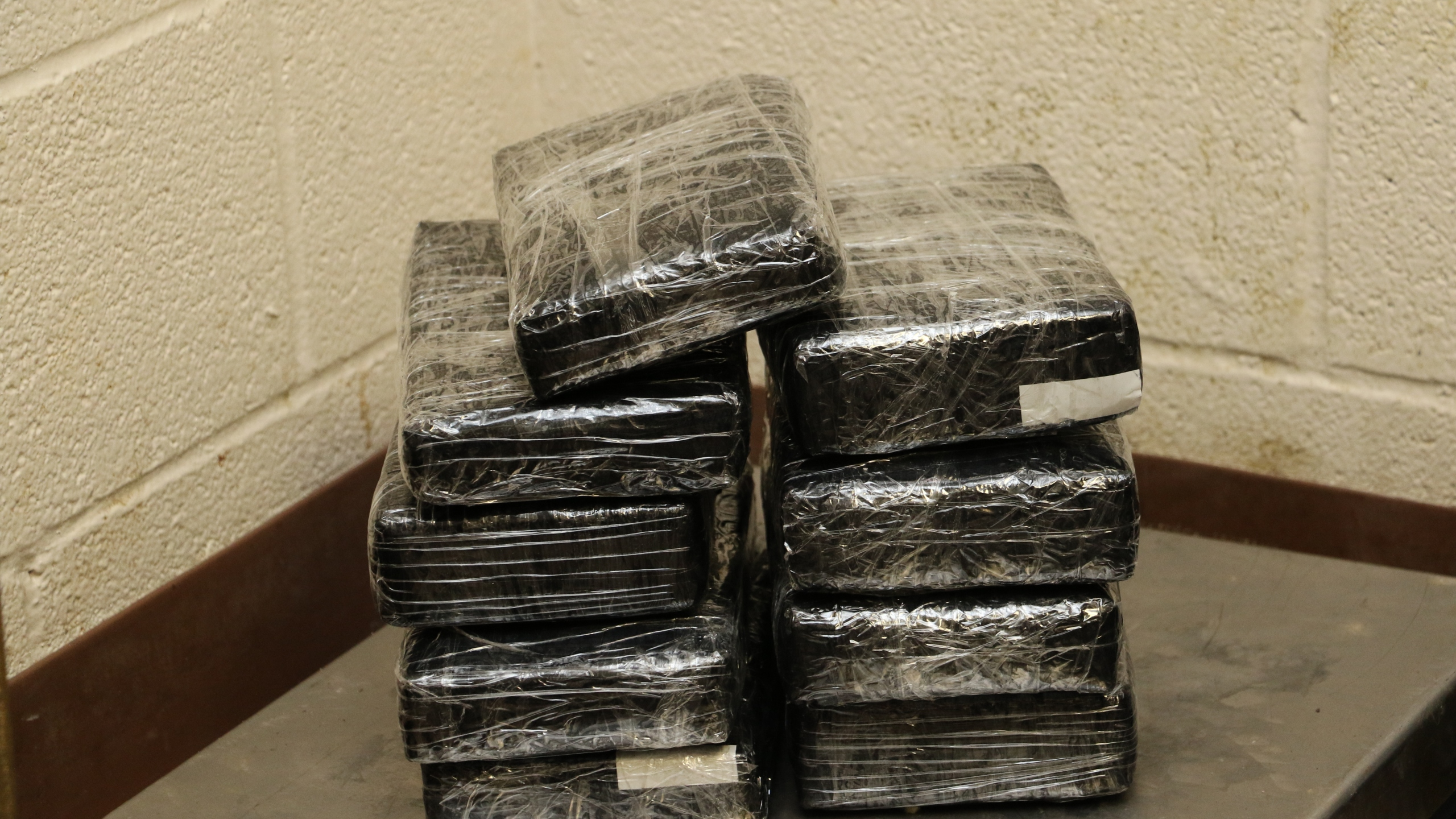 20161010 Gateway Cocaine Seizure, Courtesy of CBP Brownsville_1476209202164.JPG