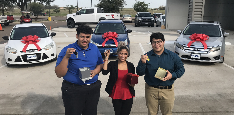 Hacienda Ford Edinburg Tx >> High School Students Awarded Cars From Local Dealership