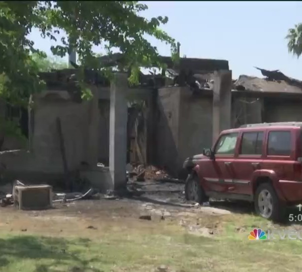 Alton_Fire_Kills_Two_Family_Members_and__0_20180723222938
