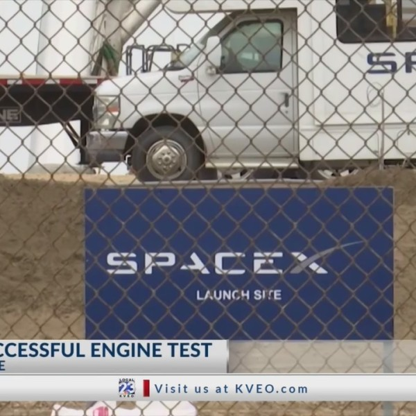 SpaceX_at_Boca_Chica_Test_Fires_Engine_0_20190405020052