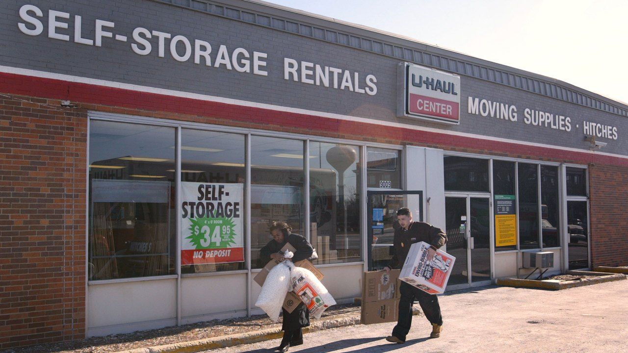 U Haul Offers Free Self Storage To Students Displaced By